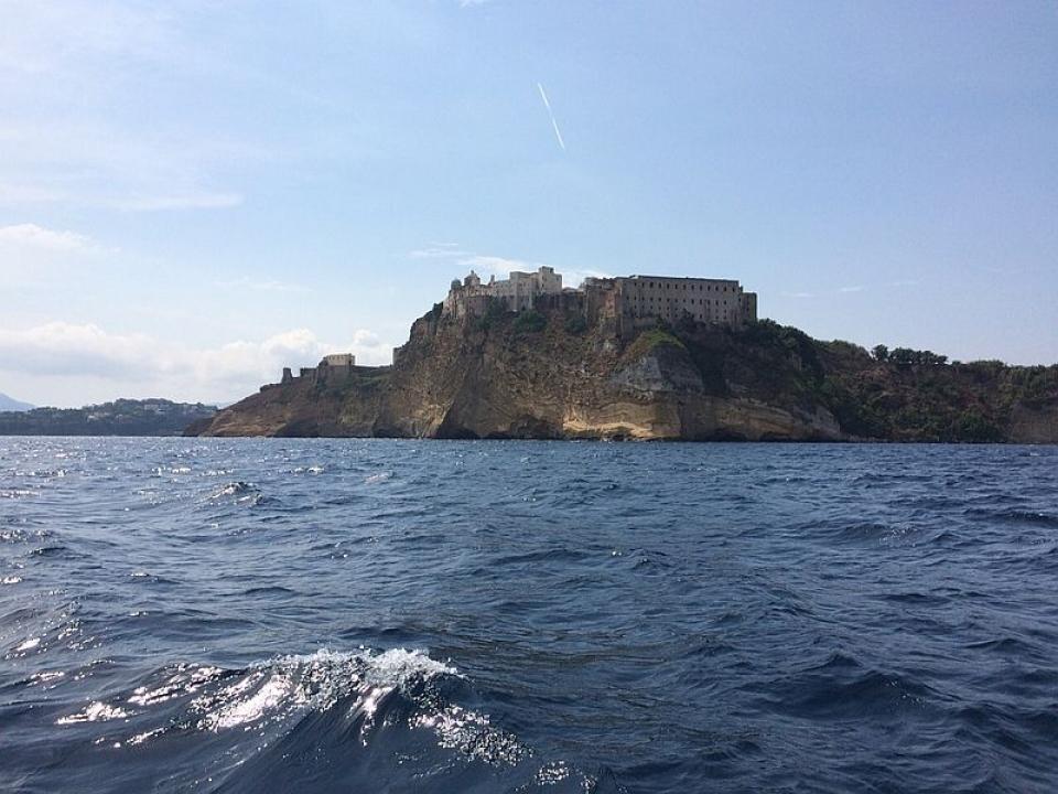 La valigia per la vacanza in barca a vela in Costiera Amalfitana