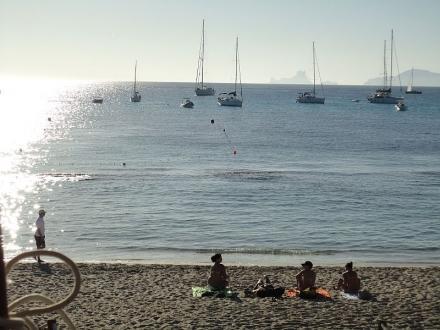 Cabin Charter a Ibiza