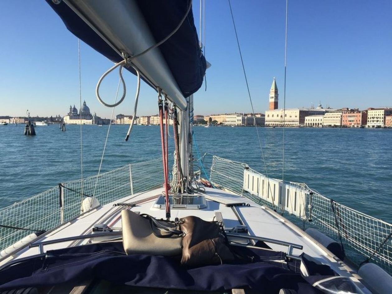 Escursione in barca a vela a Venezia