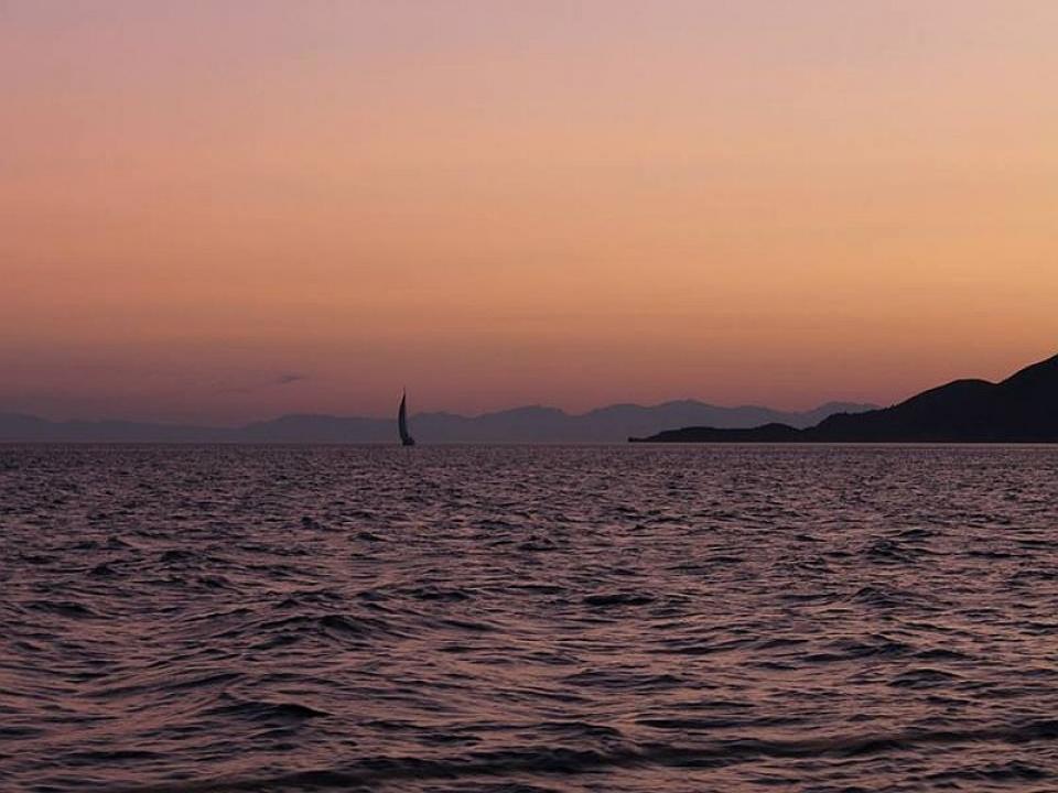 Noleggio barche a vela con skipper Toscana last minute