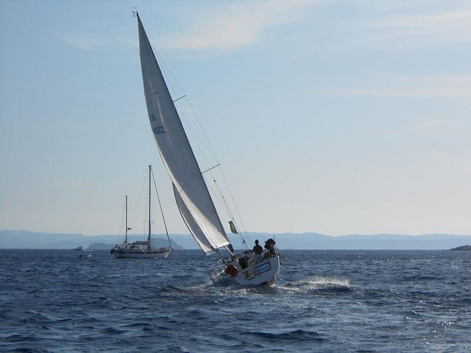 Vacanze in barca a vela con skipper in Liguria alle 5 Terre