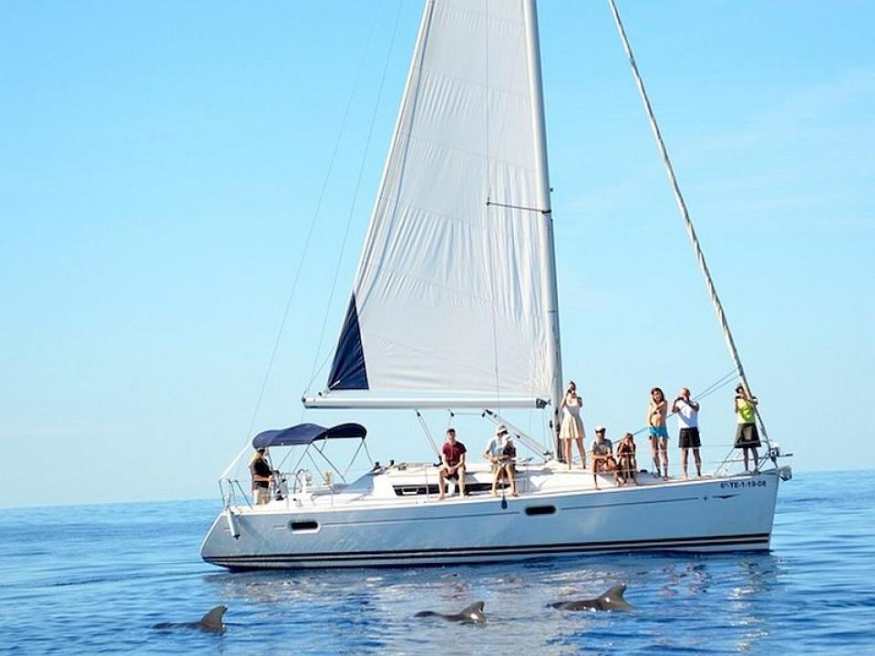 Vacanza in barca a vela a Linosa