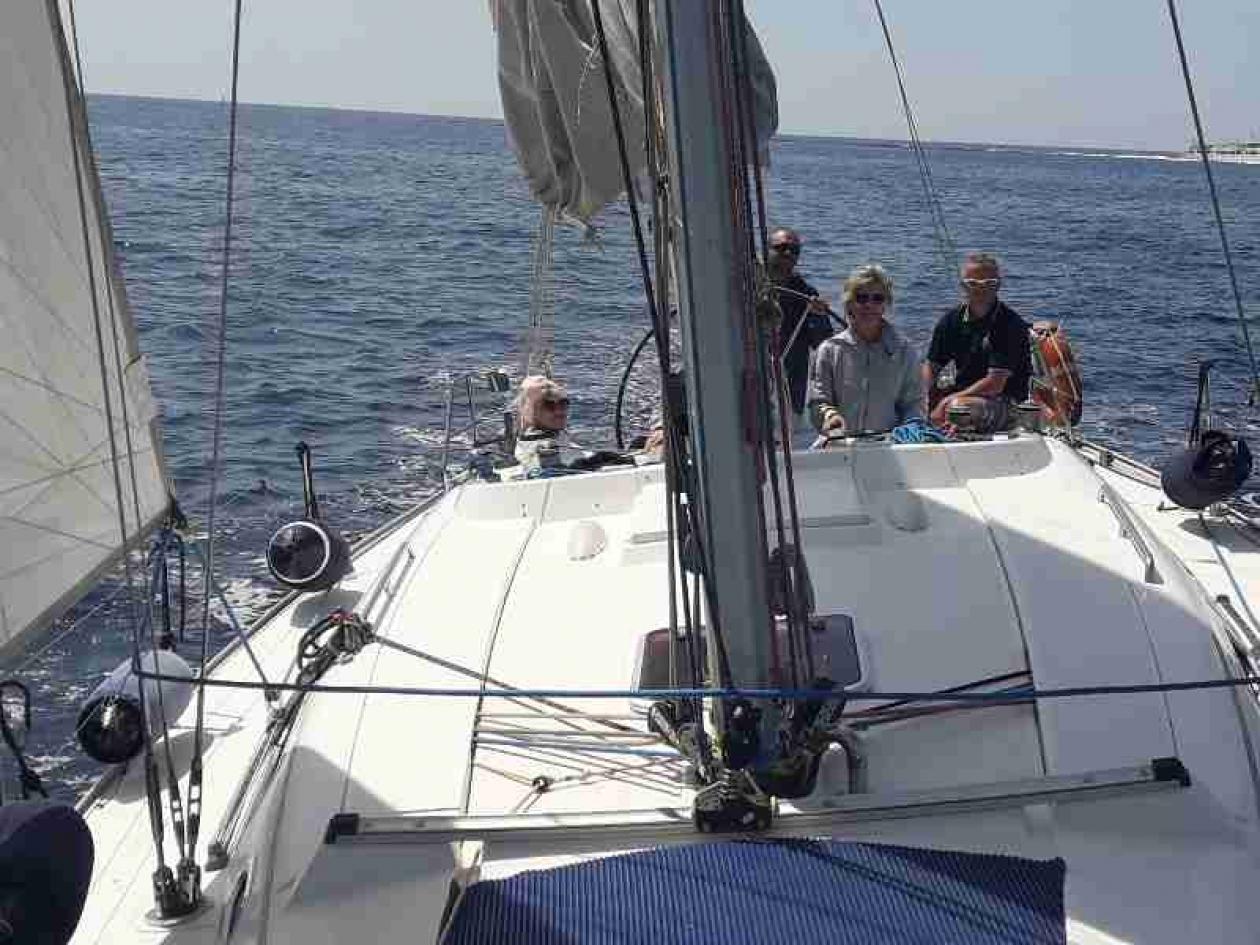 Team building barca vela Grado