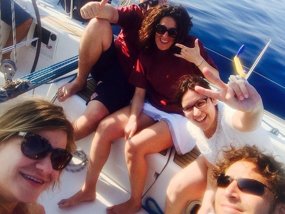 La voglia di estate arriva in barca a vela
