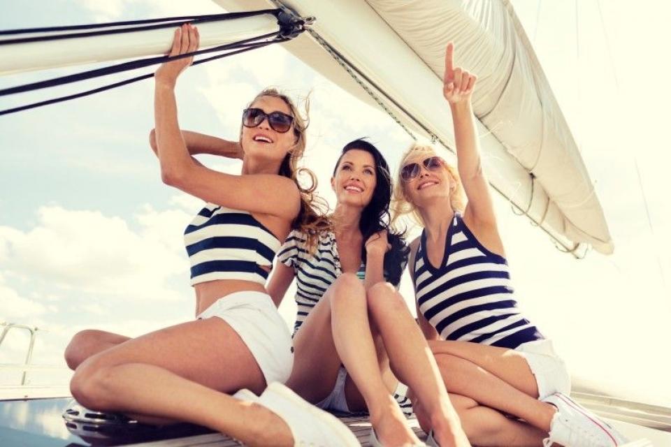 Addio al nubilato in barca a vela in riviera romagnola