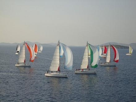 Eventi in barca a vela per aziende