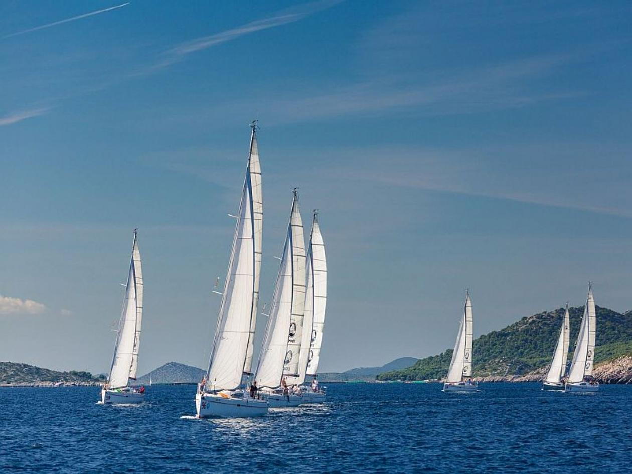 Gite scolastiche  barca vela Liguria