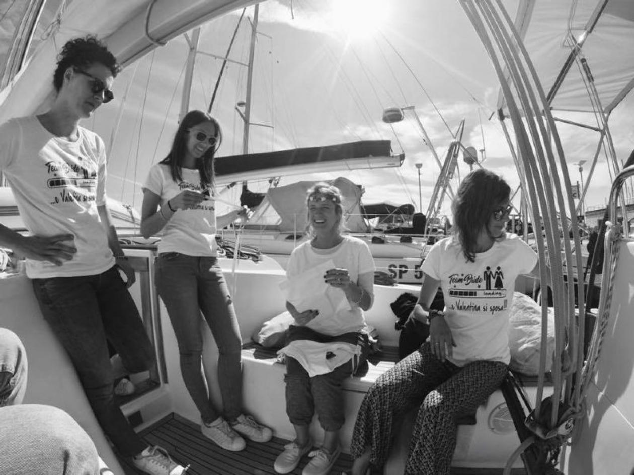 Addio al celibato in barca Toscana