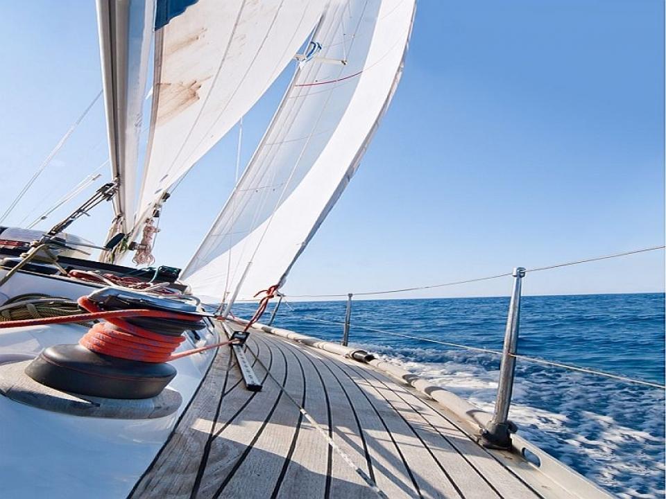Escursione in barca a vela in Liguria con skipper