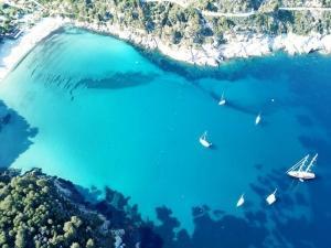 Vacanza di 7 giorni in barca vela Corsica
