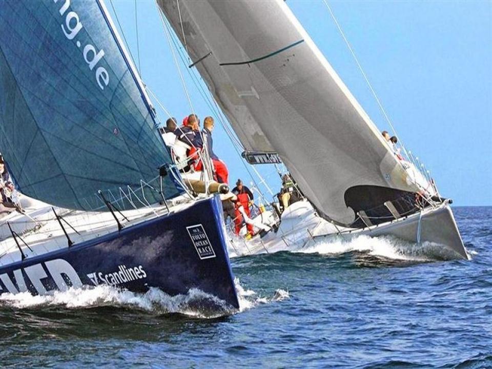 Team building aziendale in barca Rimini