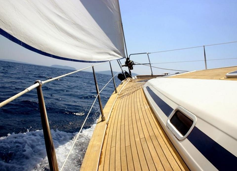 Noleggio barca a vela weekend Liguria