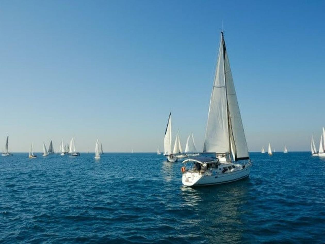 Vacanza di 7 giorni in barca vela Cicladi