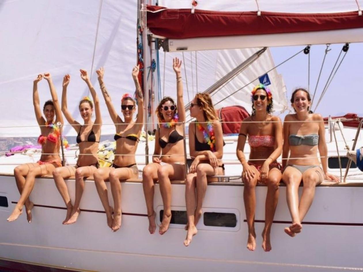 Addio al nubilato in barca Toscana