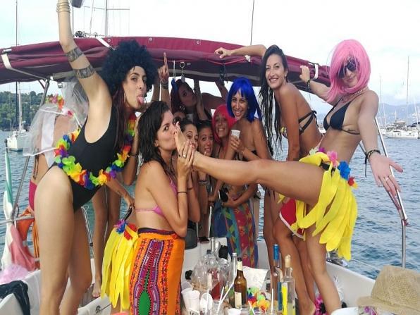 Addio al nubilato in barca Ponza