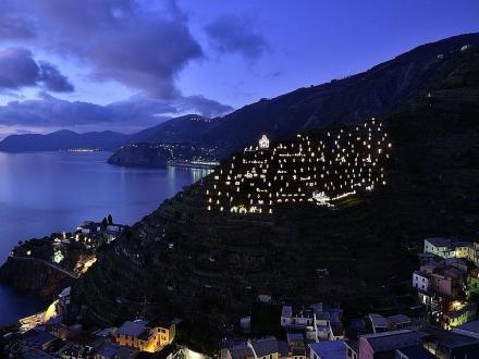 SkipperClub Liguria il presepe visto dal mare