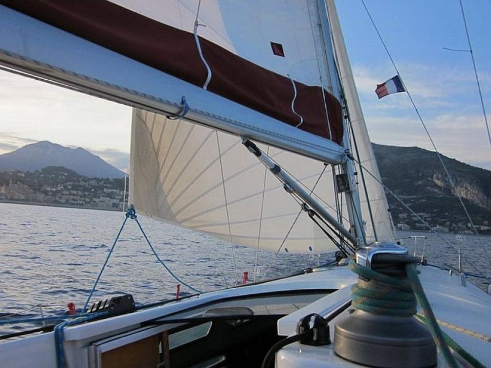 Pasqua in barca a vela a Capraia