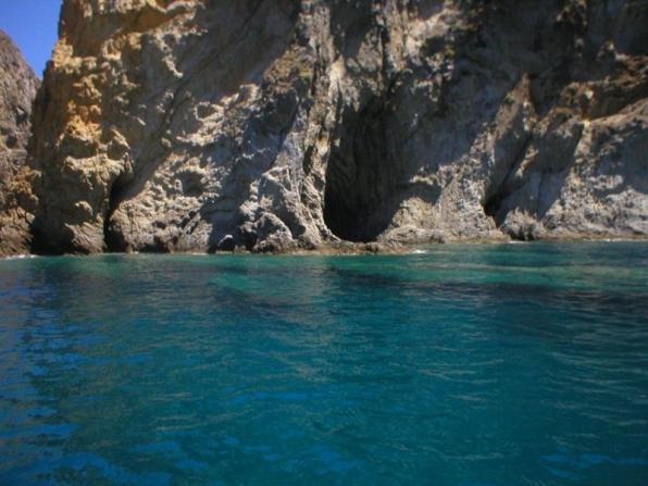 Escursione in barca Ponza e Palmarola
