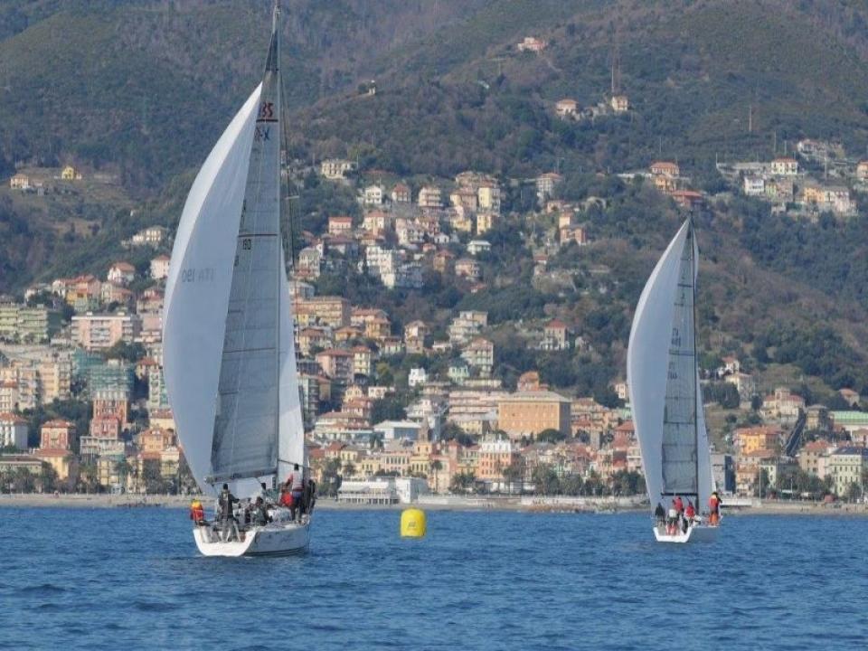 Teamwork in barca Elba