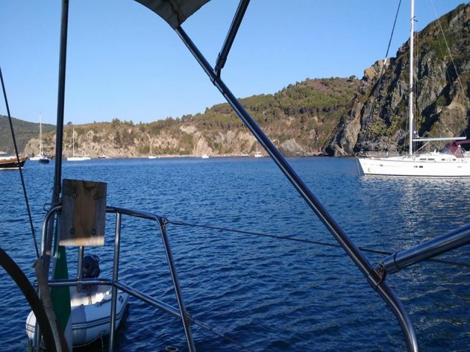 Tour privato in barca a Bergeggi