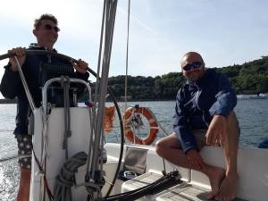 Attività in barca vela per aziende al lago