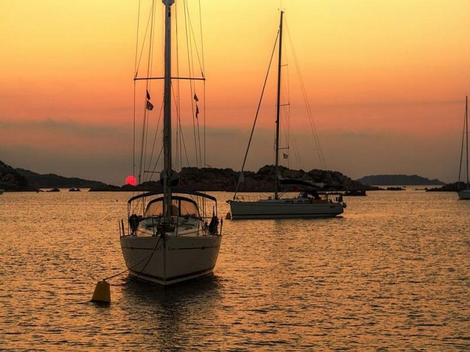 Escursione in barca a vela in Liguria