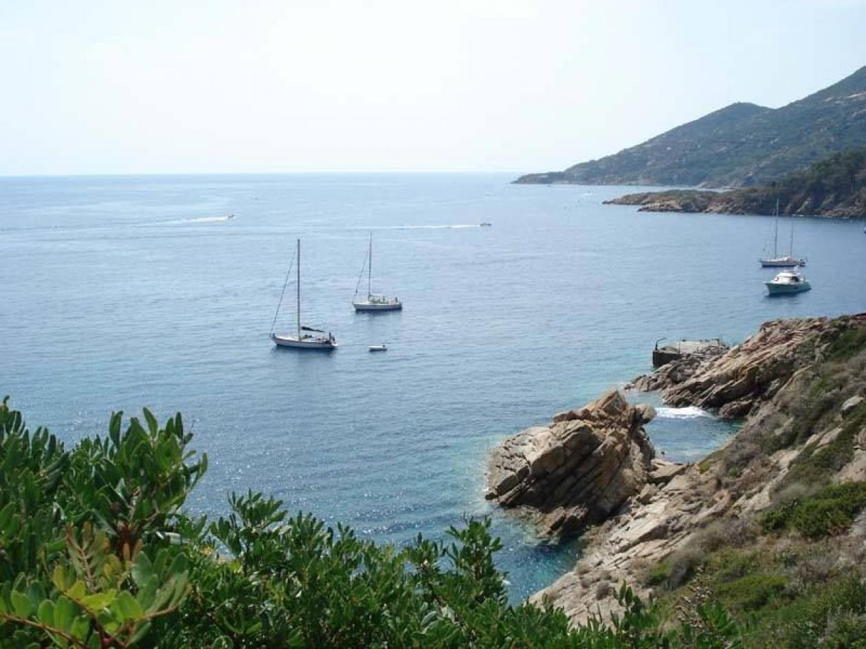 Gita in barca a vela nel Golfo di Napoli