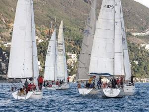 Locazione imbarcazioni per team aziendali Liguria